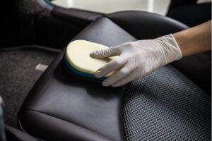 Autositz Lederpflege